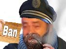 Sticker risitas capitaine haddock rigoler panneau ban lorient56 fumer fumee pipe