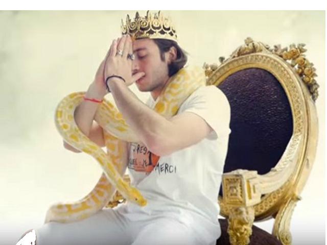 Sticker other lord esperanza roi couronne serpent trone clash aggressif colere moqueur priere